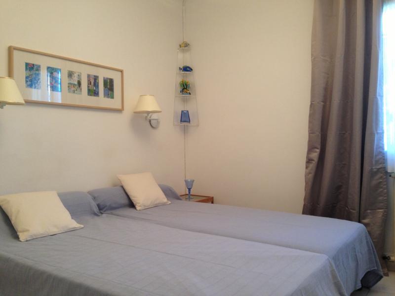 Blue bedroom 2 standard beds