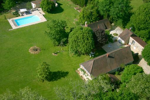Gîtes at SiBémol, COCOON in the Périgord for 4/5 Pers including 2/3 children, location de vacances à Orliaguet