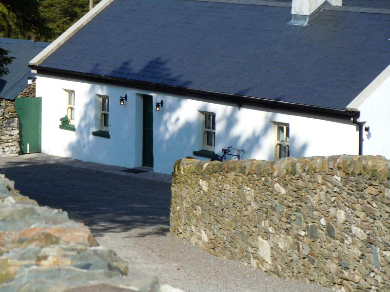 Old Mike's Cottage – semesterbostad i County Mayo