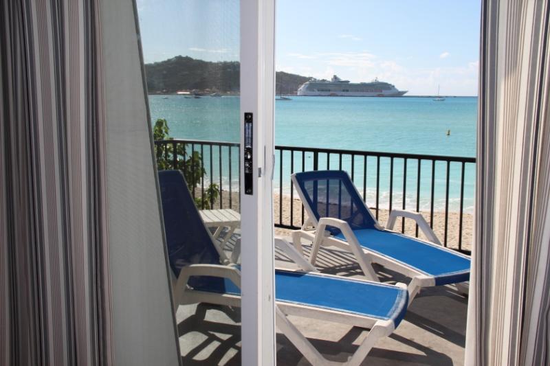 ocean bedroom view