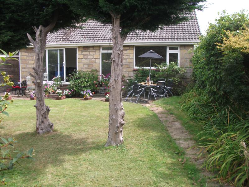 Wightsands..A beach holiday to remember! Detached and very private for complete relaxation :-)