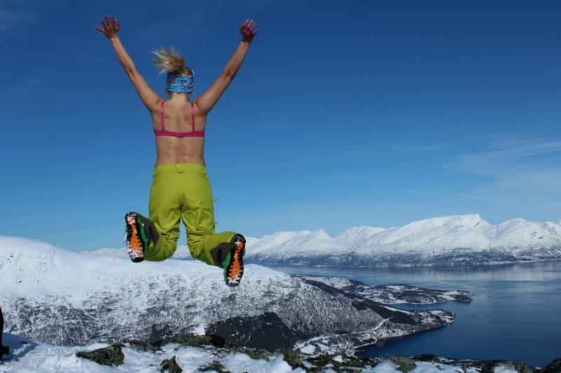 Skiing in Lyngen