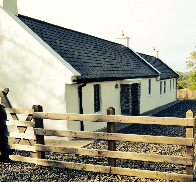 Cavanaghs cottage Co Donegal Rep Ireland, holiday rental in County Donegal
