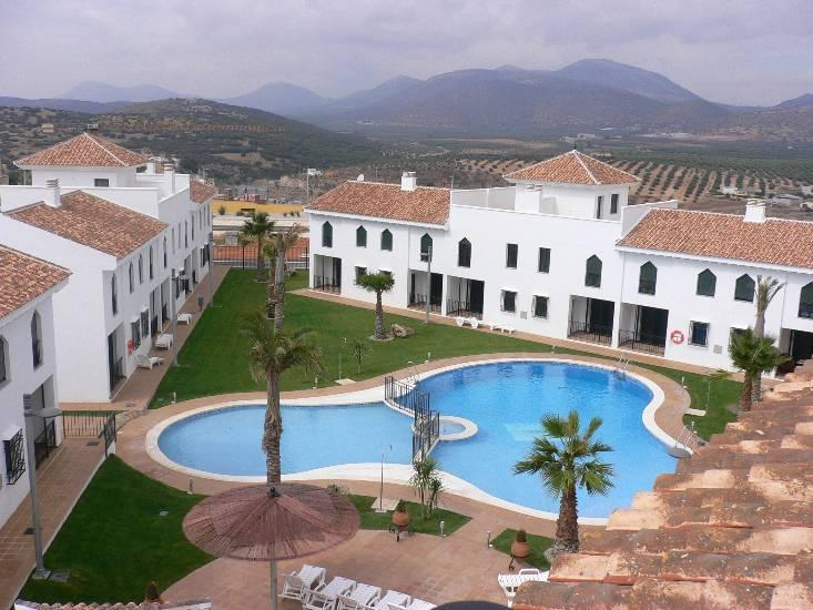 view of the apartment and pool