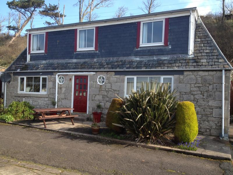 Orchard Cottage - Westbourne House caravan Park and self catering accommodation