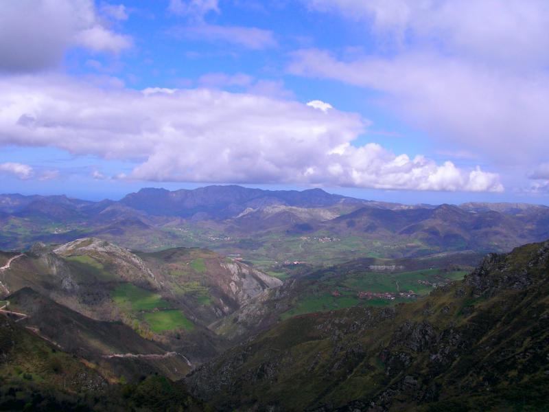 View of Cordillera  Cantábrica from La Estrada