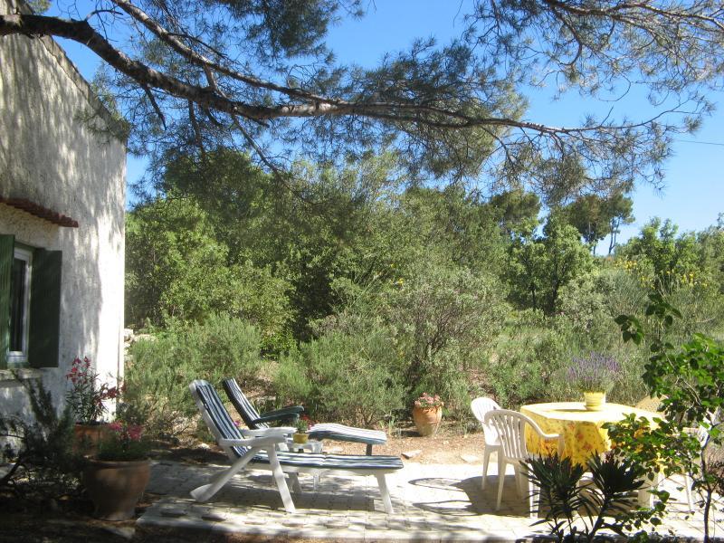 Maisonnette donnant sur terrasse Est
