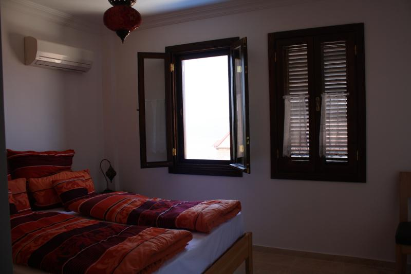 every 2 bedrooms are with Sea view and balcony