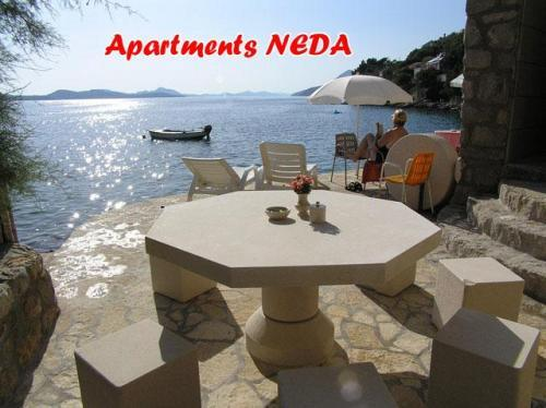 Dubrovnik holiday apartme Neda, holiday rental in Ivanica