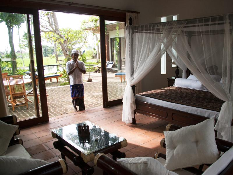 Poolside Suite to Pool Terrace cared for my Alit
