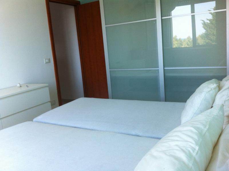 camera da letto vista armadio