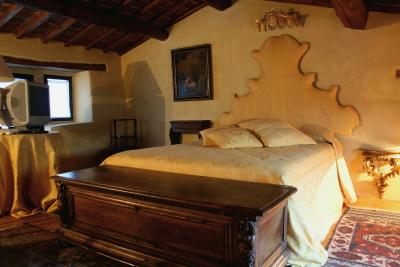 Luxury Tower House in Tuscany, location de vacances à Lagaccioni