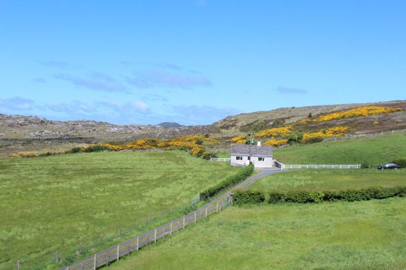 Carr's Cottage Fanad / Carrigart, holiday rental in Crocknamurleog