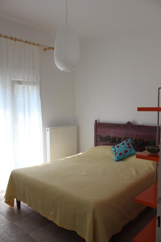 Front flat, bedroom