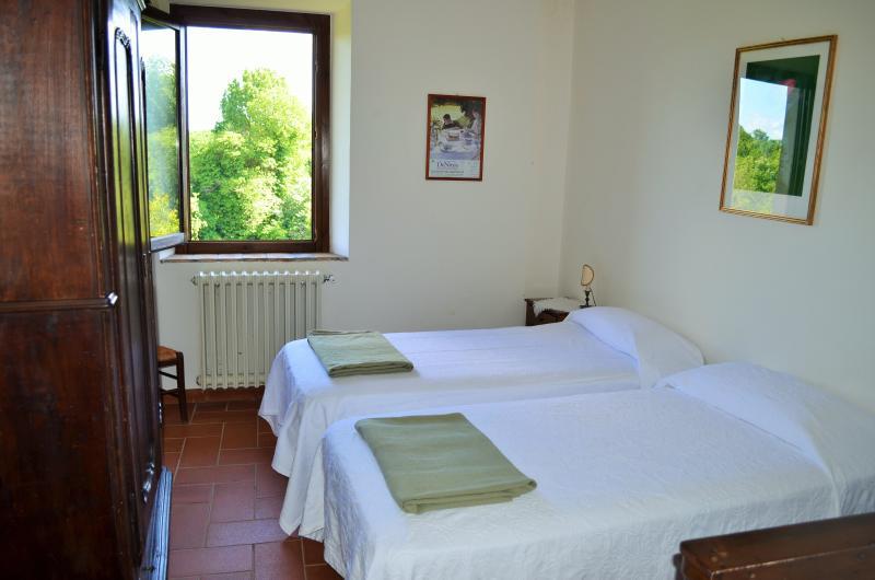 double panoramic bedroom