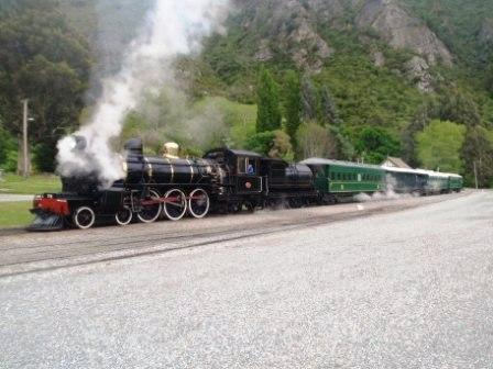 The Kingston Flyer is a remnant of the glorious days of steam trains in Southland.