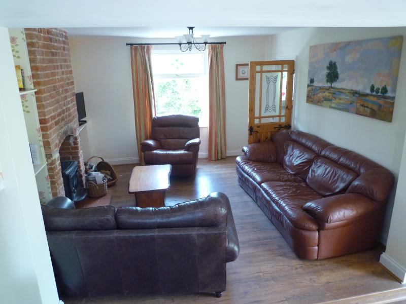 The comfortable sitting room with stereo and smart TV with DVD player