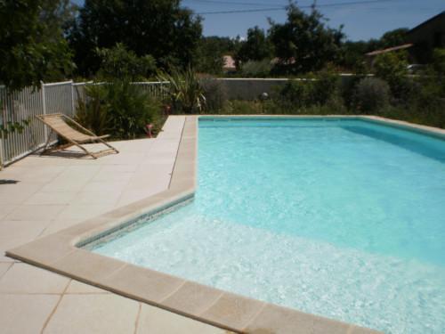 piscine 5 x 10 m avec plage 2 x 3 m