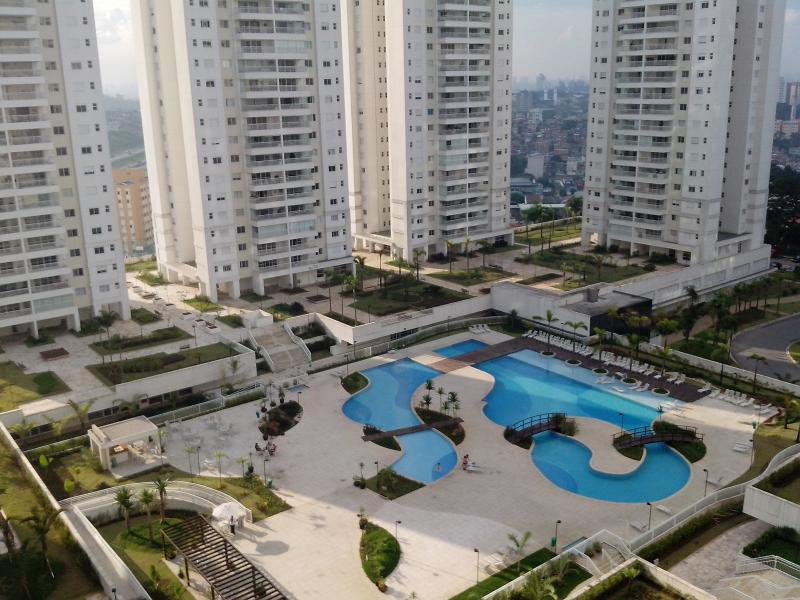 12 Bed Apart + Tour Pack + Car, vacation rental in Santo Andre