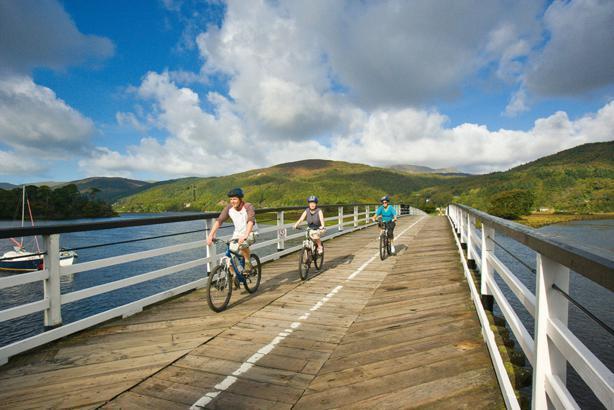 Caminar o en bicicleta el sendero Mawddach de Dolgellau de Barmouth