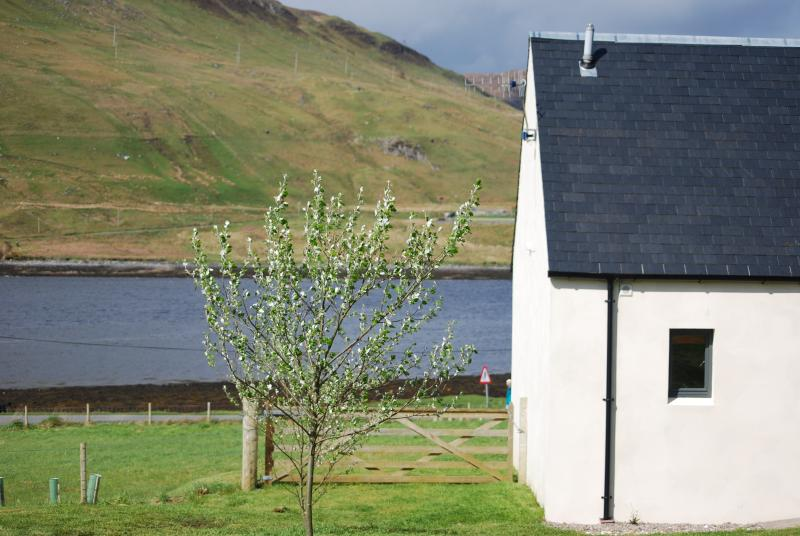 Gable end of Burnside looking down to the loch
