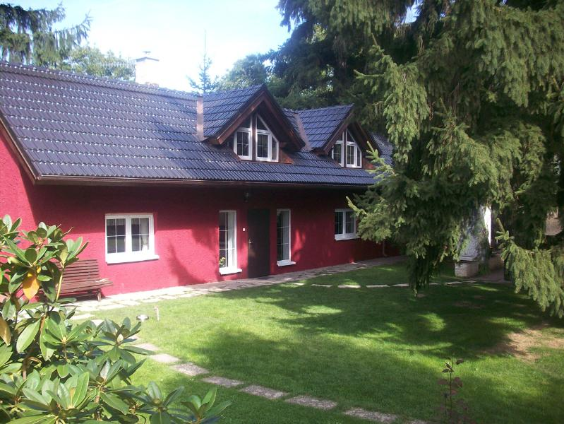 Newly renovated, Red House is excellent for living both indoors and outdoors.