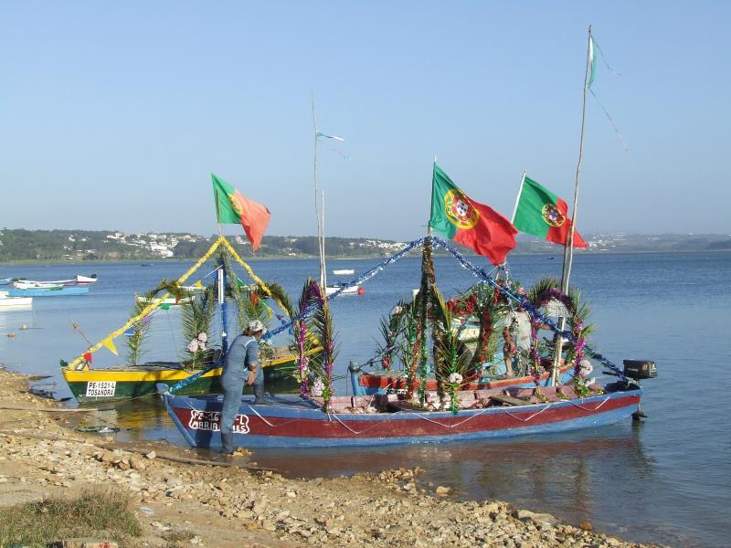 Preparing for candlelit procession - Obidos Lagoon
