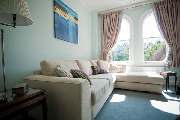 Tripadvisor Excellence Cert winner, living room overlooking River seats 9 on 2 sofas & 2 chairs