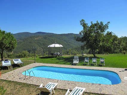 podere il castello, holiday rental in Tregozzano