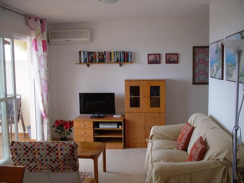 Canto de televisão livingroom