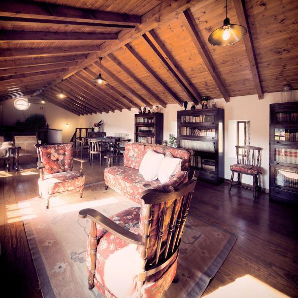 Cabanal Suite salon