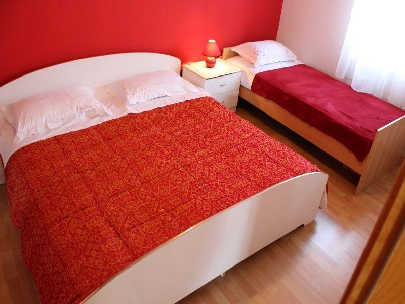 5 people apartment, holiday rental in Privlaka
