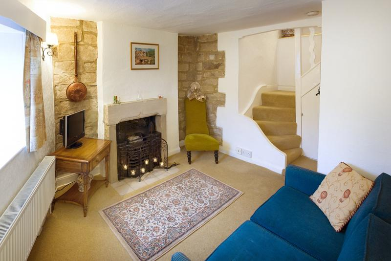 cosy sitting room with TV on first floor (sofa bed for extra guest if needed)