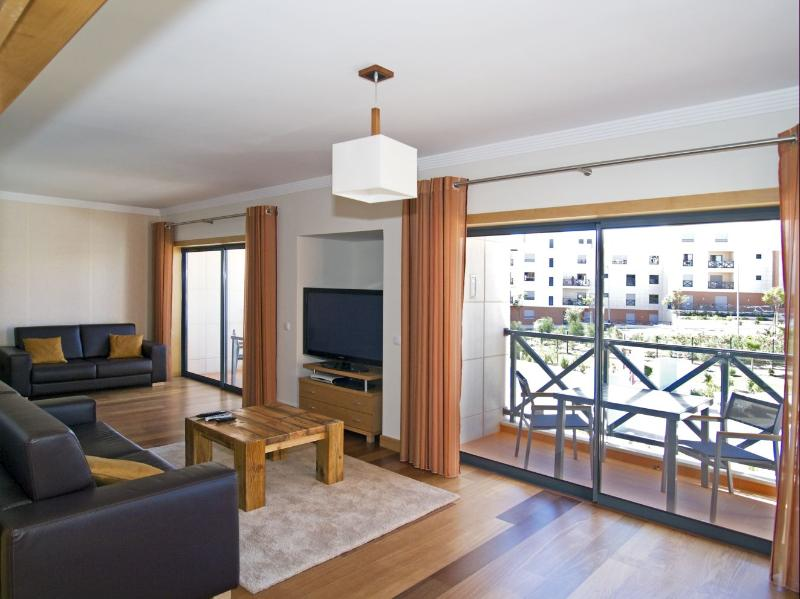 Corcovada Fabulous 3 Bedroom Apartment, holiday rental in Albufeira