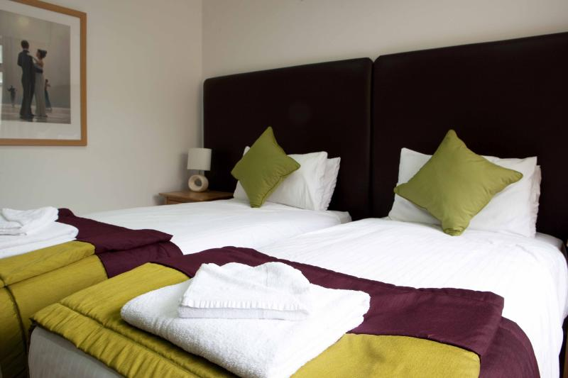 Super King or Twin bedroom 2