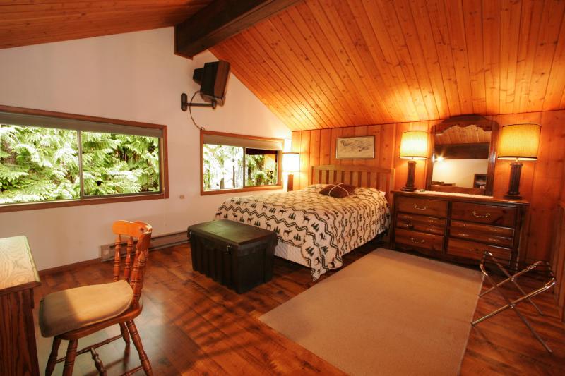 Loft - Master Bed Room