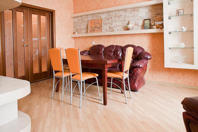 Beautiful cosy 4-room apartment, casa vacanza a Regione di Minsk