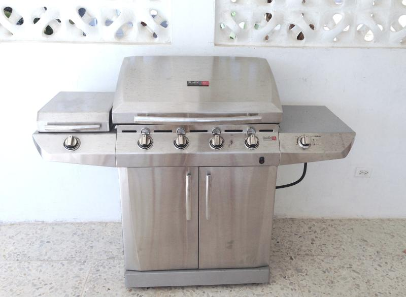 TRU infrared BBQ with self cleaning, the chefs option for grilling