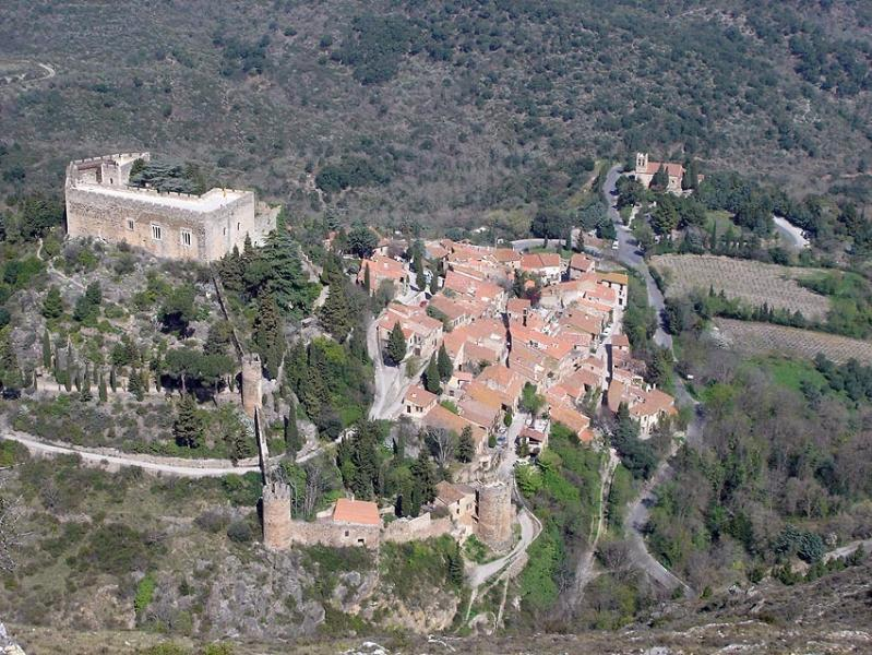 Castelnou seen from the Roc of Majorca