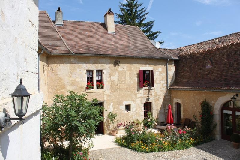 La Bastide du Roy, holiday rental in Manzac-sur-Vern