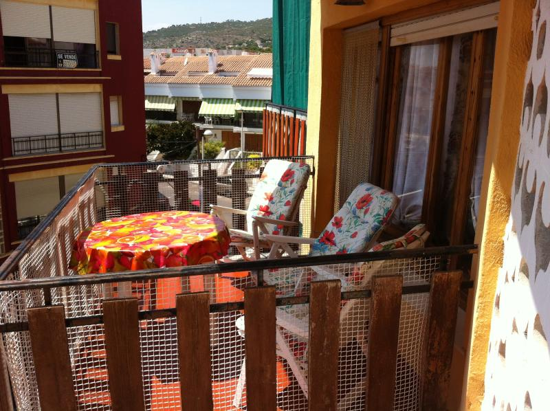 Irta 6   3 mn playa max 6 pers, holiday rental in Alcala de Xivert