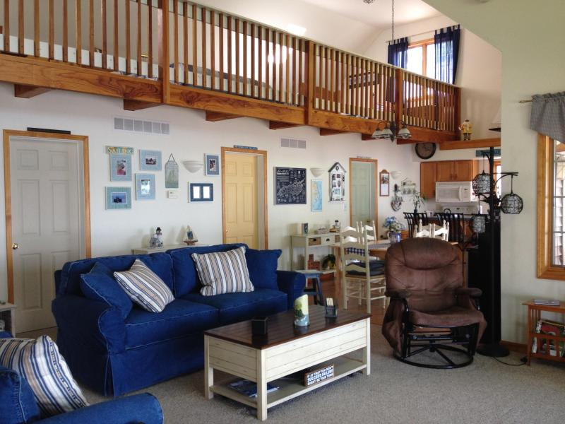 Spacious Living Room - Great Cottage Living