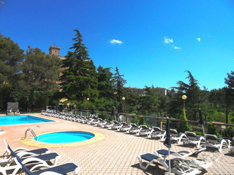 Residence Villa Elena. Swimmingpool