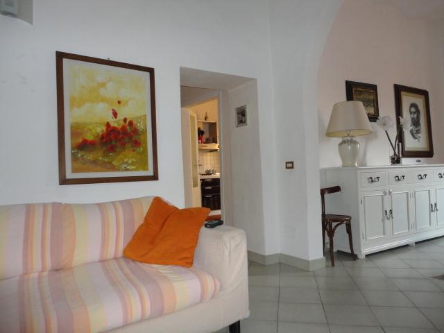 Splendida casa antica nel centro storico, holiday rental in La Campigliola