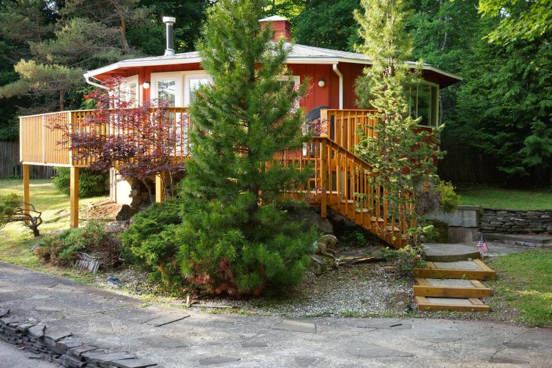***2BR/2BA Beautiful Mountain Views, Close to Mtn & Downtown***, holiday rental in Jewett