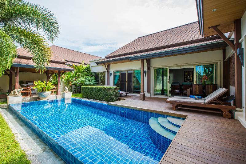 Rawai Sun Villa, location de vacances à Nai Harn