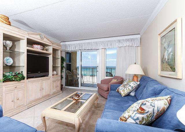 Nuova TV a schermo piatto e una splendida vista sulla spiaggia - sia per la vostra v