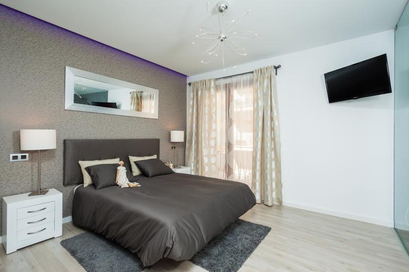 Mafloras Luxury & Beach Apartment, alquiler vacacional en Cala Millor