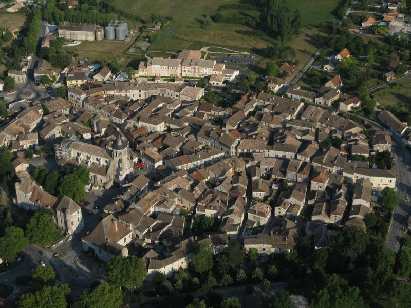 Viewed from the air, Issigeac's medieval character is obvious.