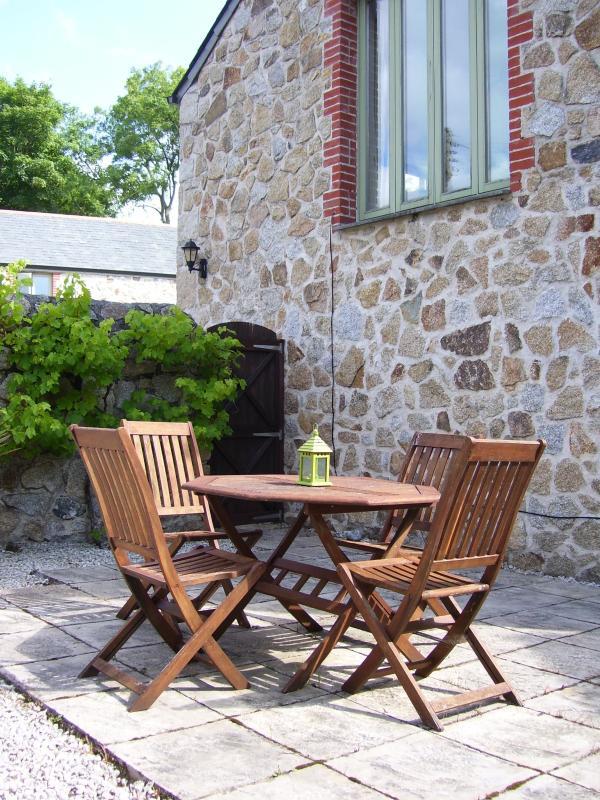 Exterior - Private South Facing garden/patio